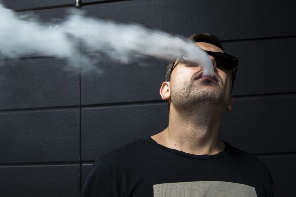 How Long After Tooth Extraction Can I Vape? Will It Have Any Bad Effects?   VapePenZone