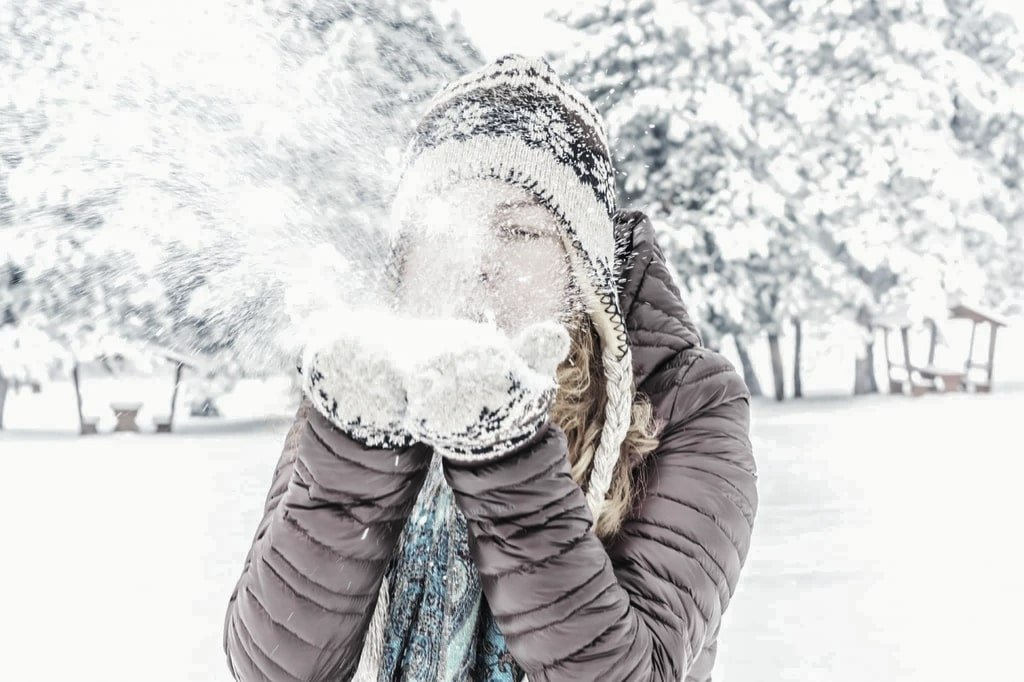 Relx Australia Winter Vaping: How Does Cold Affect Your Vapes? | VapePenZone